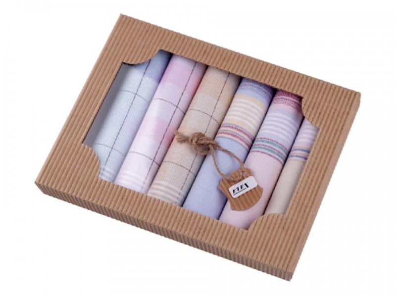 Női zsebkendő szett dobozban Zsebkendők