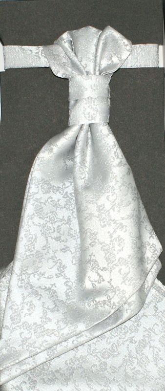 Francia nyakkendő,díszzsebkendővel - Ezüst mintás