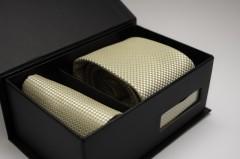 Díszdobozos nyakkendő szett - Aranysárga