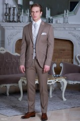 Carlo Benetti Esküvői öltöny+mellény szett 5 részes extra méret - Mogyoróbarna Öltönyök, Zakók