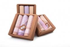Női zsebkendő csomag dobozban - 3 db Női kiegészítők